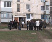 После вмешательства прокуратуры сакские коммунальщики начали топить в спорных домах, 15 января 2010