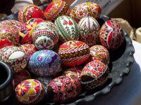 Парад пасхальных яиц в Саках