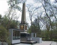 К 65 годовщине Победы в городе Саки привели в порядок все памятники