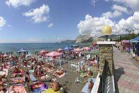 Власти Крыма завышают число прибывающих на отдых туристов