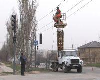 Светофор на перекрестке Евпаторийского шоссе и Симферопольской, 10 апреля 2011
