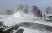 В Саках метет снег с пылью