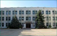 В Школе-лицее начали менять окна и утеплять фасад