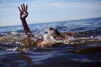 В Крыму за спасение детей на море уже стали требовать денег, 25 июля 2012