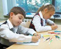 В сакских школах добавили еще два первых класса