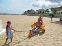 Сакские пляжи оборудуют для инвалидов, 26 июля 2014