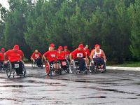 Марафон на инвалидных колясках
