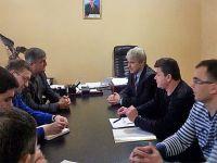 Министр спорта Крыма обсудил строительство спорткомплекса в Саках