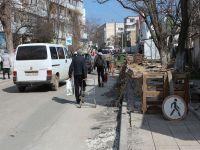 В Саках продолжается ремонт дорог