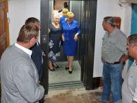 В Саках капитально отремонтирован лифт
