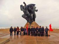 В Саках почтили память погибших при высадке Евпаторийского десанта