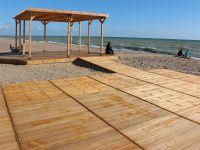 На пляж для инвалидов в Саках просят 10 млн рублей