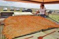 Сакчане испекли самый большой в мире чебурек
