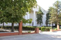 В здании Дворца культуры химиков идет реконструкция