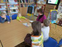 Занятия для дошкольников в городской библиотеке, 7 марта 2018