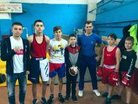 Сакские кикбоксеры на турнире по боксу