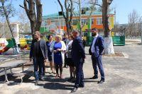 Алла Пашкунова проинспектировала объекты ФЦП в Саках, 18 апреля 2018