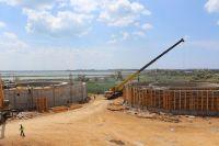 Ход строительства канализации и ливневки в Саках