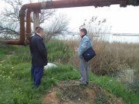 Слив нечистот в озера Чокрак и Ковш
