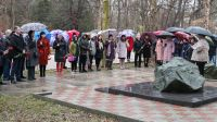 Митинг у памятного знака жертвам Чернобыля