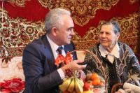 ИО главы администрации города Саки навестил ветерана