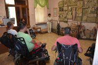 Экскурсия для инвалидов в Сакском музее