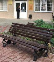 Новые скамейки в Детском сквере