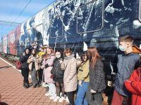 Экскурсия сакских школьников в музей «Поезд Победы»