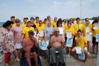 Волонтёры на сакском пляже, 12 июля 2021