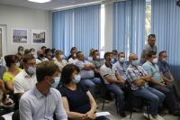 Министр ЖКХ провёл совещание в Саках