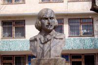 1 апреля в 11.00 - открытие бюста Н.В. Гоголю